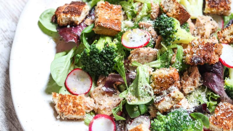 Tuna & Broccoli Salad with Honey Vinaigrette